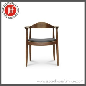 batave wooden arm chair